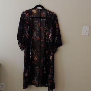 American Eagle Floral Kimono